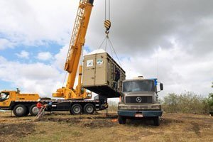 Rana's crate being loaded